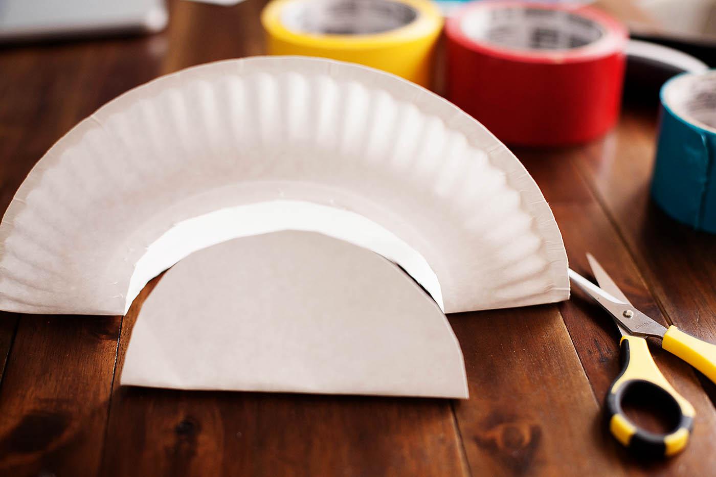 paper plate storage